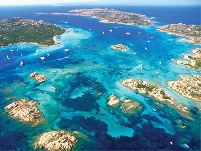 visit the archipelago of la maddalena by boat
