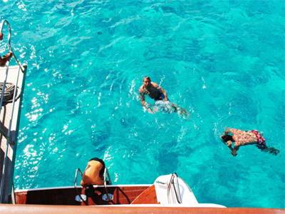dive in the crystalline sea of la maddalena